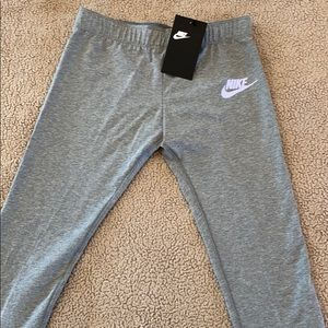 Girls Nike sweatpants
